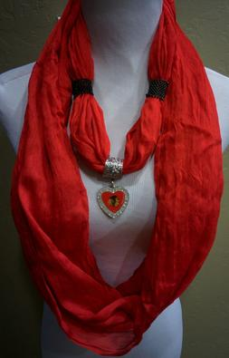 Chicago Blackhawks NHL Lic Heart Pendant on a Red Infinity S